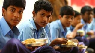 Sponsor mid day meals to children in Rajasthan
