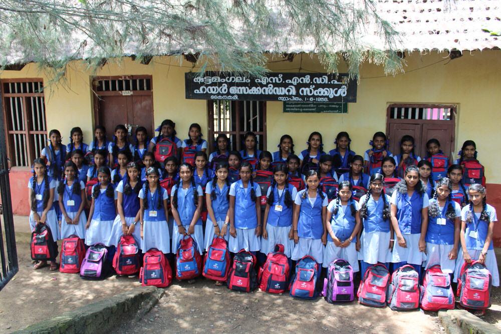 2019-11-11-2.kuttamangalam_groupphoto-donorserviceidea.jpg