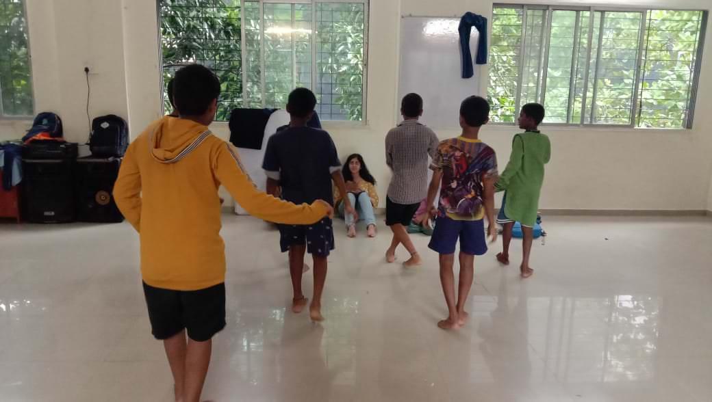 2019-11-11-dancepractice-kashmeram.jpg