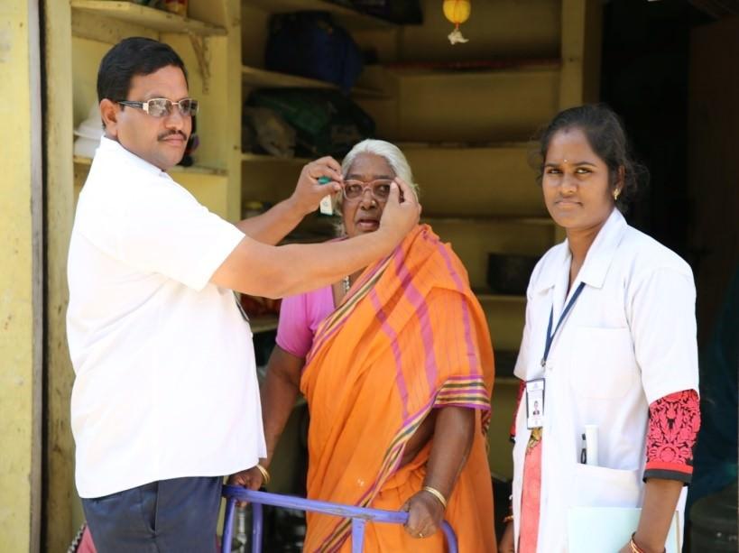 2019-11-11-giveindia3.jpg