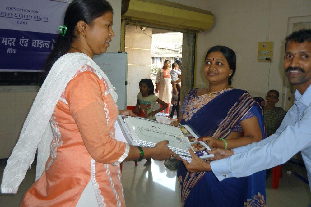 2019-11-11-handoveriecmaterialstoicdseachawcatbhiwandi-namitavaidya.jpg
