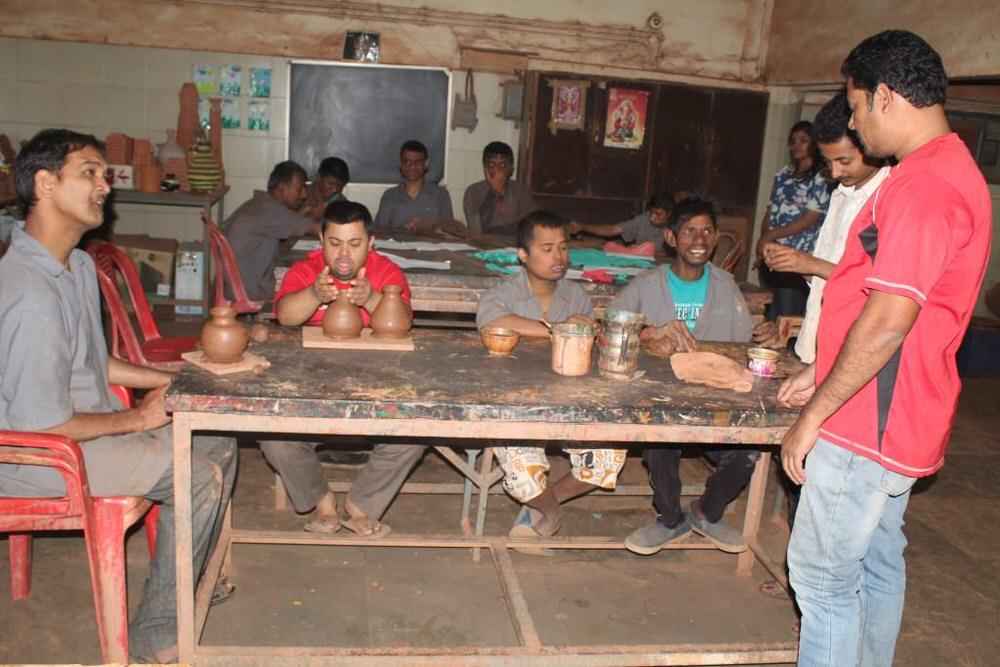 2019-11-11-pottery_ceramicunit-sandhyagaonkar.jpg