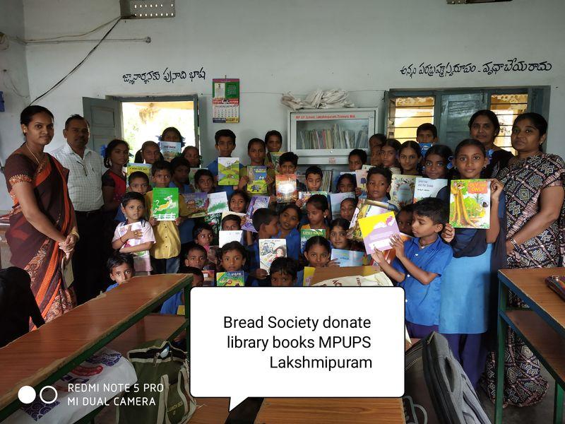 2020-07-05-BasicResearchEducationAndDevelopment(BREAD)Society_SponsorlibrarybooksforgovernmentschoolsinAndhraPradesh_1.jpg