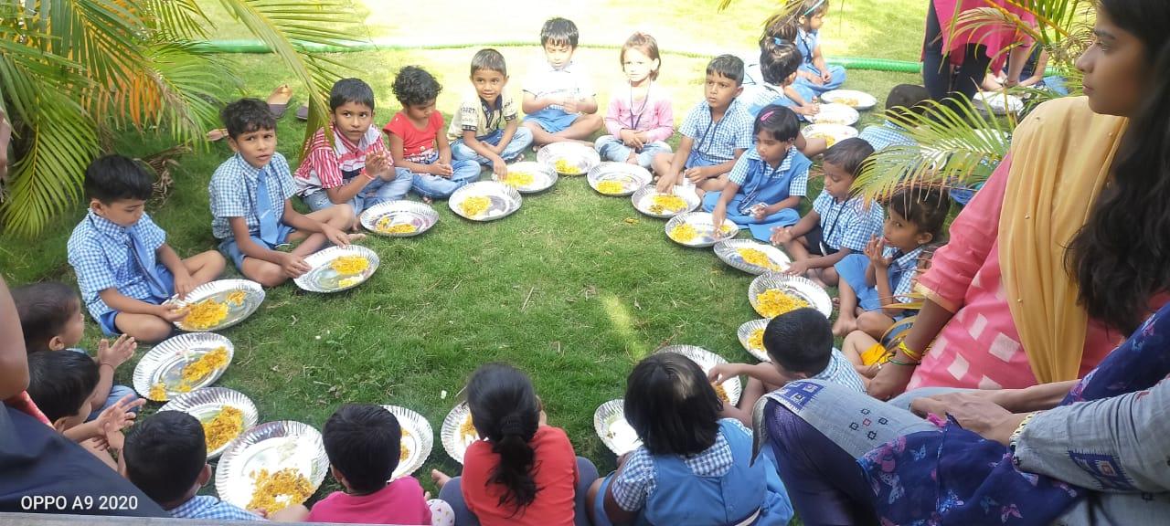 2020-07-05-MaziSainikShikshanAniSwasthyaKalyanSanstha_Sponsormonthlybusfeesforatribalchildinaremotearea_2.jpg
