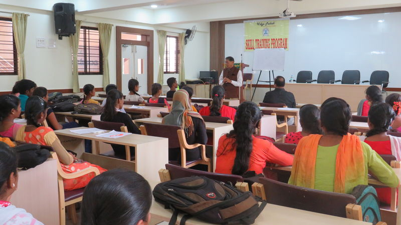 2020-07-05-VidyaPoshak_Helpastudentcompletehighschool_1.JPG
