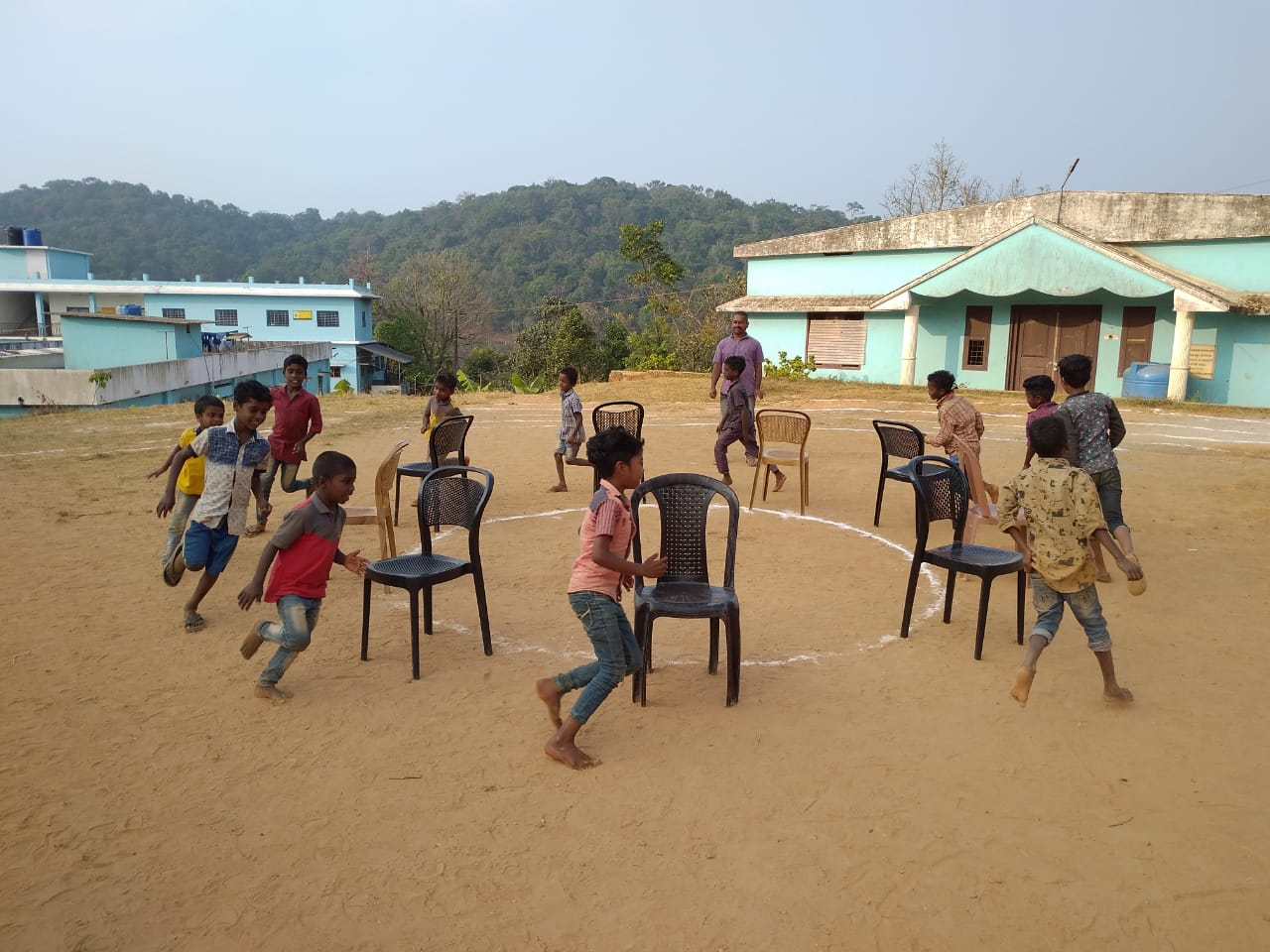 2020-07-05-WayanadGirijanaSevaTrust_Supporttheeducationalrequirementsatribalchild_2.jpg