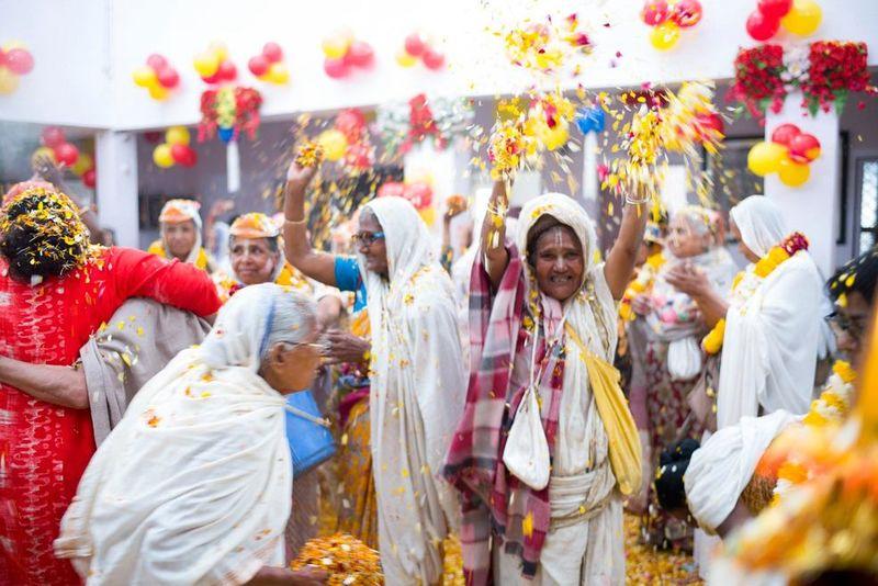 2020-08-05-MaitriIndia_Sponsorthecostofbasicclothingforanelderlyabandonedwidow_1.jpg