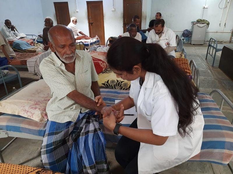 2020-08-05-PriyadarshiniSevaMandali_Sponsorlivingandmedicalexpensesofadestituteandabandonedseniorcitizen_1.jpg