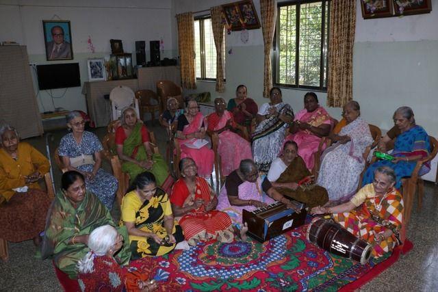 2020-08-05-ShraddhanandMahilashram_Helpagrandmabysponsoringherfoodexpensesinanoldagehome_1.jpg