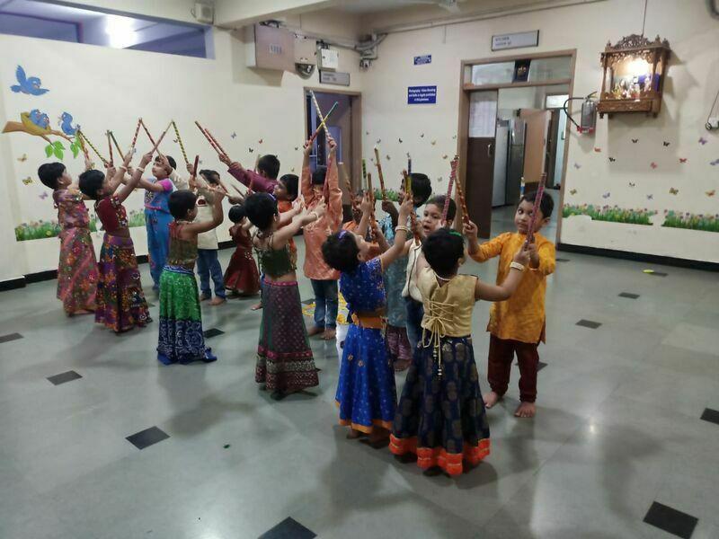 2021-03-23-svdandiya-shubhangiabhyankar.jpg